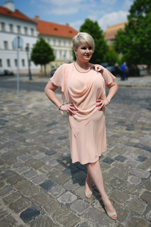 87068d8008 X-Class - Molett divat, duci divat, molett ruha nőknek, női molett ...